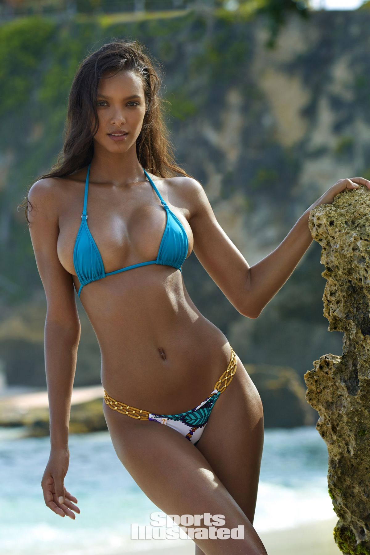 Lais Ribeiro For Sports Illustrated Swimsuit Issue 2017 - Celebzz ...